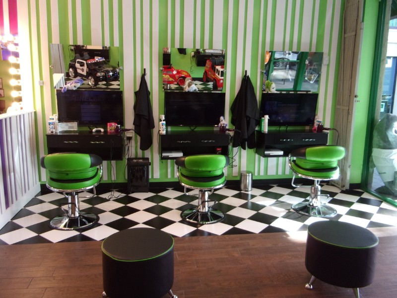 XBOX-One-stations-4