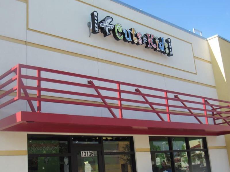 tampa-storefront